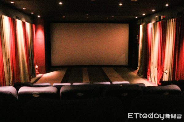 他問「電影院為何不推月、年票?」 內行點破真相:會虧爆...曝國外製度
