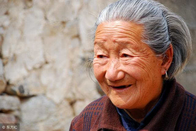 中老年人只要注意這8點,60歲沒病,90歲不老,長命百歲不是夢!
