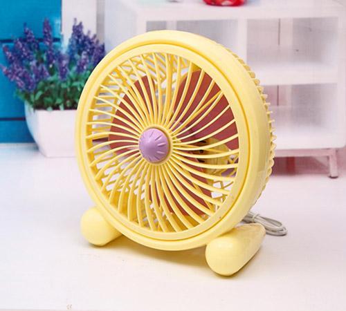 電風扇髒又多灰怎麼清洗?別急著收納,教你一招,風扇一塵不染!