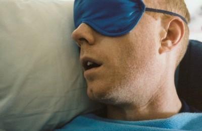 醫生提醒:睡覺時有這種表現就是「中風前兆」!