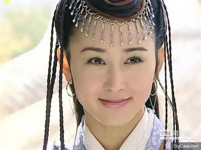 她是皇太後侍女,皇帝啟蒙老師,皇子的養母。她是古往今來最尊貴的女奴!