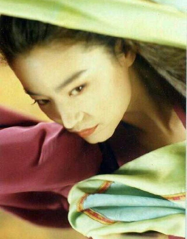 港片女神63歲林青霞離婚,網曝男方為生兒子傳宗接代、已有了新歡